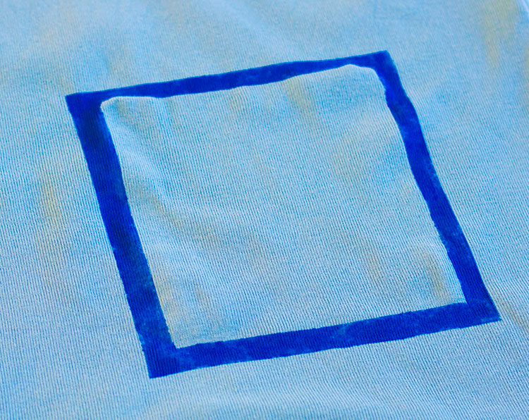 Geometric Decorated Uniont St Tee, tutorial by Pienkel for UpCraft Club